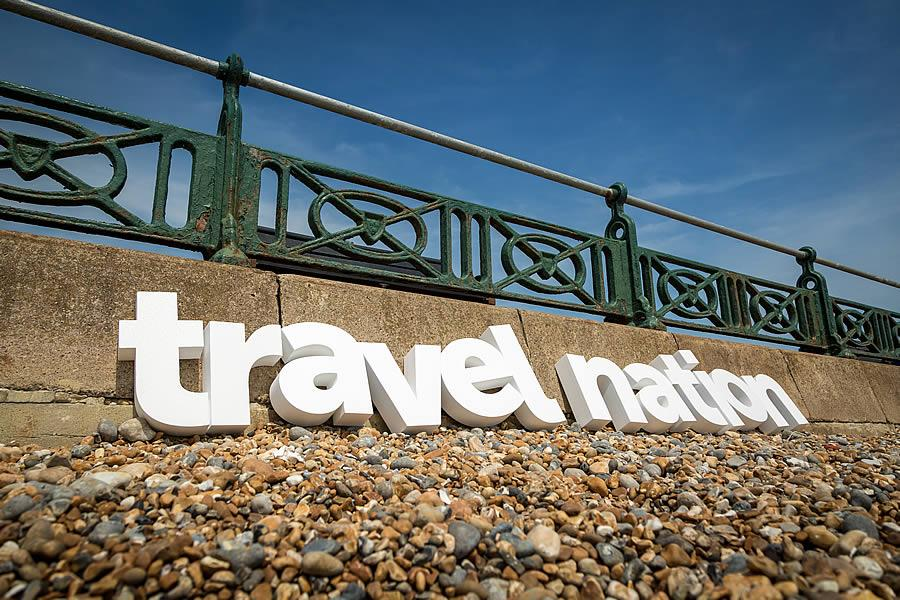 http://www.tourmag.com/docs/emploi/about-us_travel-nation-on-the-beach.jpg
