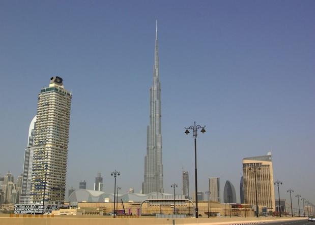Véritable tour de Babel, Burj Khalifa voit défiler Japonais, Saoudiens, Anglais, Russes, Africains, Indiens… La Terre entière semble s'être donné rendez-vous dans le plus haut gratte-ciel du monde - DR : J.-F.R.