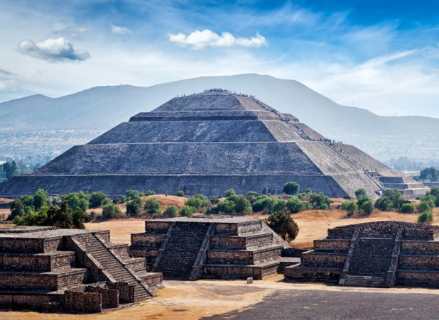 Panorama des pyramides de  Teotihuacán, dans la vallée de Mexico - © f9photos - Fotolia.com