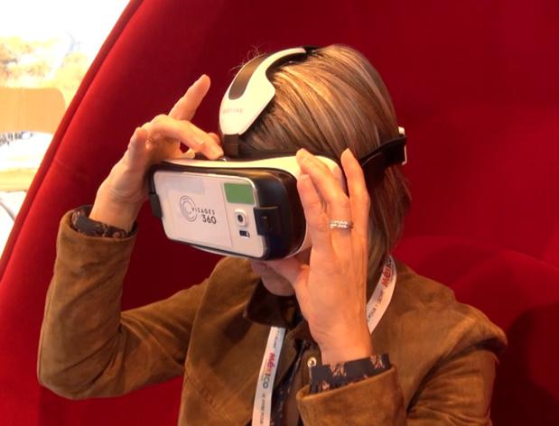 Les casques de réalité virtuelle font doucement leur entrée dans les agences de voyages - DR : A.B.