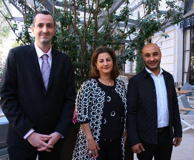 De gauche à droite : Emmanuel Garlès, nouveau responsable développement, Adeline Kurban-Fiani, directrice générale de KTS et fondatrice du TO Aya, et Walid Ben Zaied, directeur de production - Photo HL