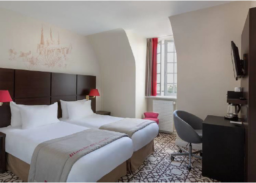 The Best Western Blanche de Castille in Dourdan has 41 rooms - Photo : Best Western