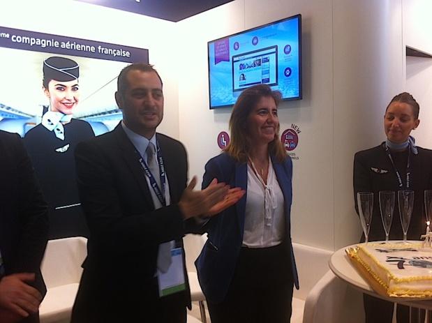 Tiago Martins, le directeur commercial adjoint d'Aigle Azur et Ana Mendès Godinho, secrétaire d'état au tourisme du Portugal. DR LAC