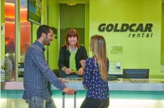L'agence de l'aéroport de Lamezia est la 20e pour Goldcar en Italie - Photo : Goldcar