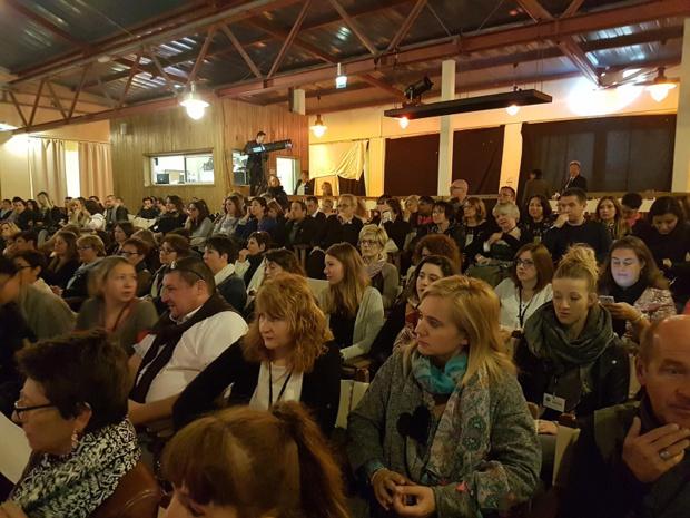 La convention a rassemblé 240 participants dont des fournisseurs, et la quasi totalité des collaborateurs du groupe. Chaque année, l'ensemble des agences ferment pour que toutes les équipes puissent se rendre à la convention annuelle - DR