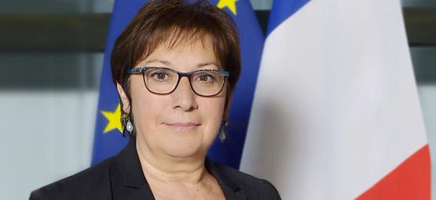 Martine Pinville est la secrétaire d'Etat française chargée du Commerce, de l'Artisanat, de la Consommation et de l'Économie Sociale et Solidaire - Photo : Gouvernement.fr