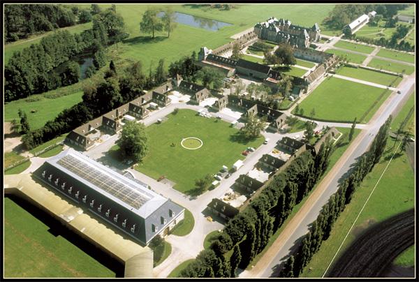 Le Domaine de Grosbois. A 15 km de Paris, 412 hectares sont ainsi dévolus à l'entraînement du trotteur français.