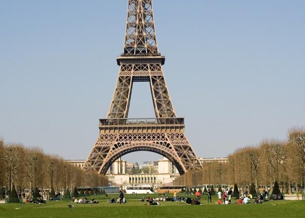La Mairie de Paris a annoncé une importante augmentation des coûts de stationnement pour des autocars commercialisés entre 2006 et 2009 © Ekaterina Pokrovsky - Fotolia.com