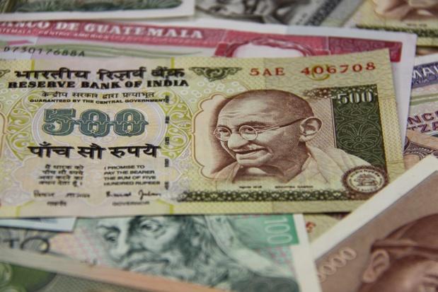 La décision des autorités indiennes concerne les billets de 500 et 1 000 roupies indiennes - Photo : Marco Desscouleurs-Fotolia.com