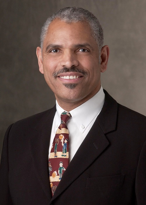 Arnold Donald, PDG de Carnival Corporation - DR