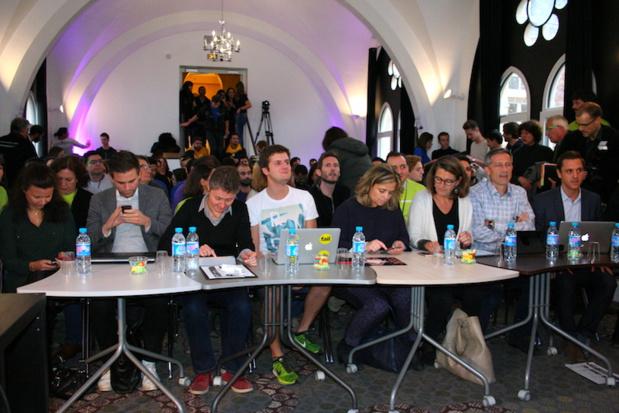 Les membres du jury prêts à découvrir les hackers (c) JG