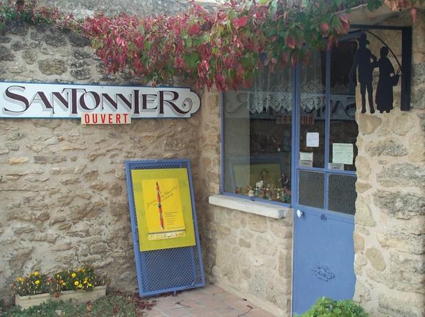 Le santon est devenu un élément clef du « folklore » provençal - DR : J.-F.R.