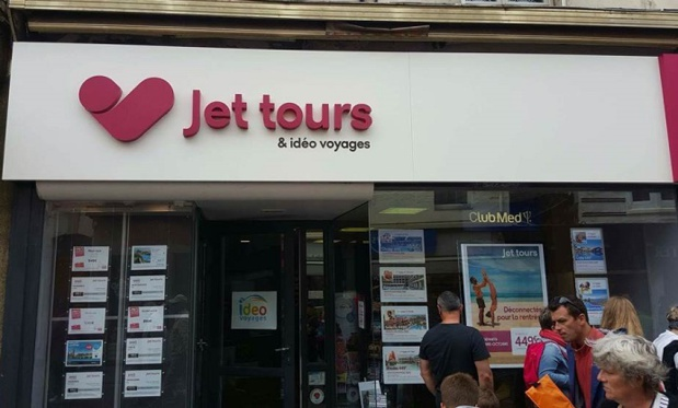 La devanture de la nouvelle agence de voyages Jet tours de Berck-sur-Mer - Photo : Thomas Cook France