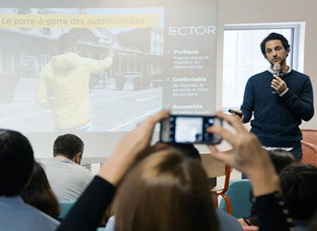 Pendant 1 semaine, 7 start-up ont dû passer des épreuves (pitch, présentation vidéo) afin de séduire et convaincre les équipes (c) OpenVSC