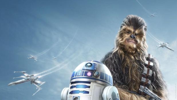 Chewbacca, fidèle partenaire de Han Solo, et R2D2 - DR : Disneyland Paris