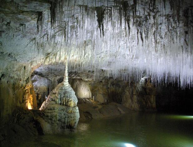 La grotte de Choranche a été découverte en 1871 suivie, en 1891, par celle de Couffin, la grotte voisine - DR : J.-F.R.