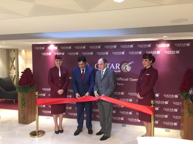 Les dirigeants de Qatar Airways inaugurent le nouveau lounge de la compagnie à Paris, le 12 janvier ©PG Tour Mag