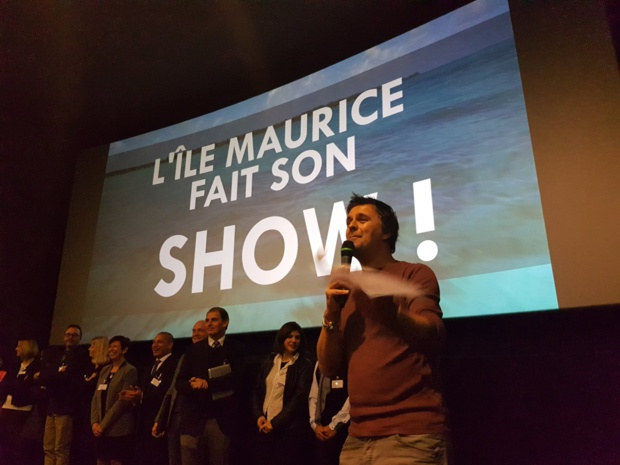 Xavier Petit (TourMaG.com) animateur de la soirée aux côtés des partenaires de l'Ile Maurice - Photo CE