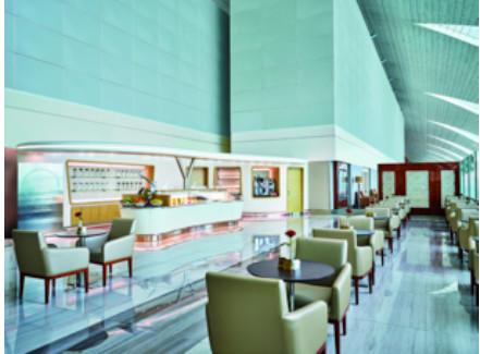 Les personnes qui accompagnent des voyageurs membres du programme de fidélité d'Emirates peuvent désormais accéder aux 7 salons de la compagnie aérienne à l'aéroport international de Dubaï - Photo : Emirates