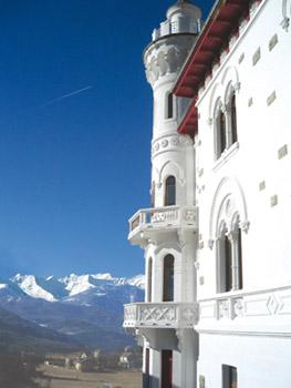 Le Château des Magnans, dans la vallée de l'Ubaye, a ouvert en mars 2007