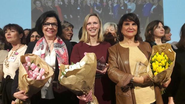 """De gauche à droite Alix Philippon, Alix Gauthier et Patricia Tartour, lauréates 2017 du Trophée """"Femmes du Tourisme"""". Photo MS."""