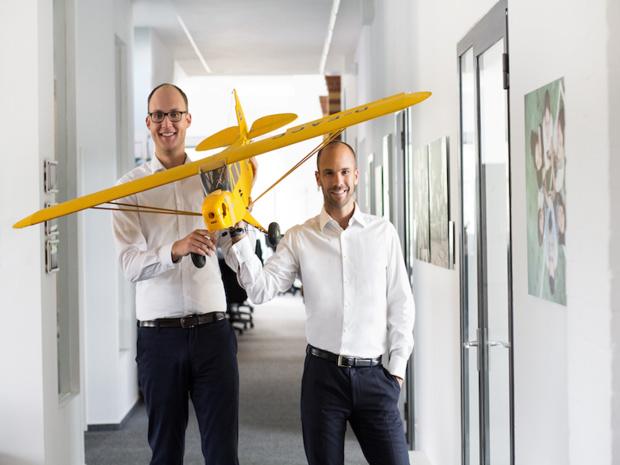 Marek Janetzke et Philipp Kadelbach, DG et fondateur de Flightright © DR