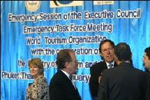 De nombreuses personnalités, dont Ralf Corsten, PDG de  TUI, étaient présentes à Phuket