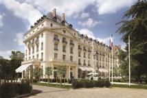 DR : Tranon Palace Versailles, Waldorf Astoria