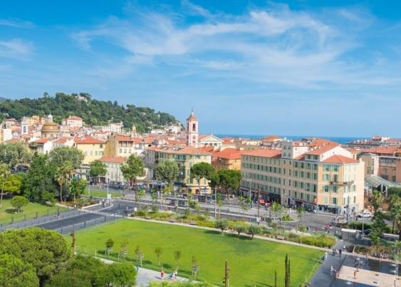 Le stationnement des autobus est réglementé dans l'agglomération niçoise - DR OT de Nice