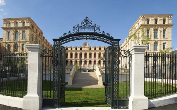DR: Intrecontinental Marseille - Hôtel - Dieu