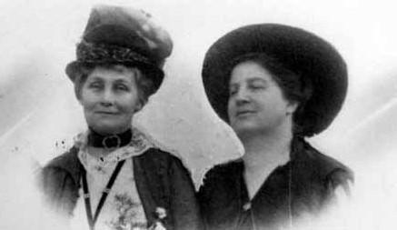 Emily Murphy & Emeline Pankhurst, créatrice du mouvement ''Les Suffragettes'' à Londres en 1903