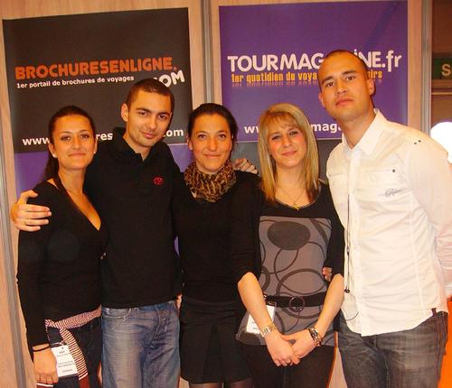 Cécilia, Florian, Valérie Desforges commerciale TourMagazine.fr, Alizée et Fabien Da Luz, Directeur commercial TourMaG.com