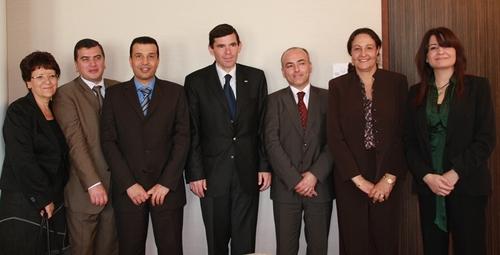 La délégation tunisienne conduite par le ministre avec les représentants de l'ONTT de Lyon, de Tunis et ceux de Tunisair Paris et Marseille