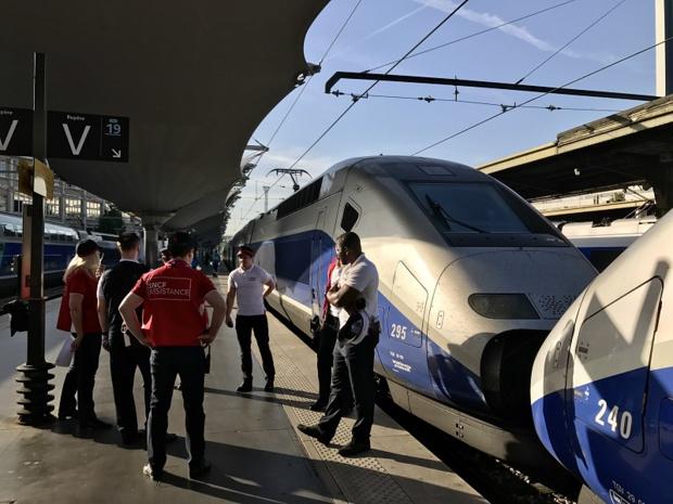 La stratégie de la SNCF est critiquée par des spécialistes des marques qui voient d'un mauvais œil l'abandon de la prestigieuse marque TGV pour une autre (IN-OUI) qui pourrait prêter à confusion - DR