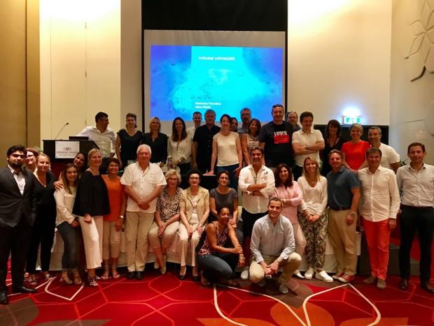 La photo de groupe du séminaire des agences franchisées Havas Voyages à Abu Dhabi - DR
