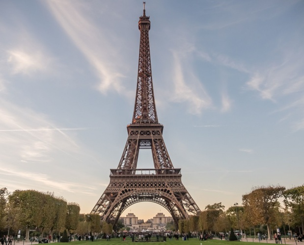 Comment concurrencer des grandes villes, telles New York, ou Vienne, par exemple, qui consacrent à la promotion du tourisme des budgets double ou triple de celui de Paris ? - Photo - ELivinec-SETE