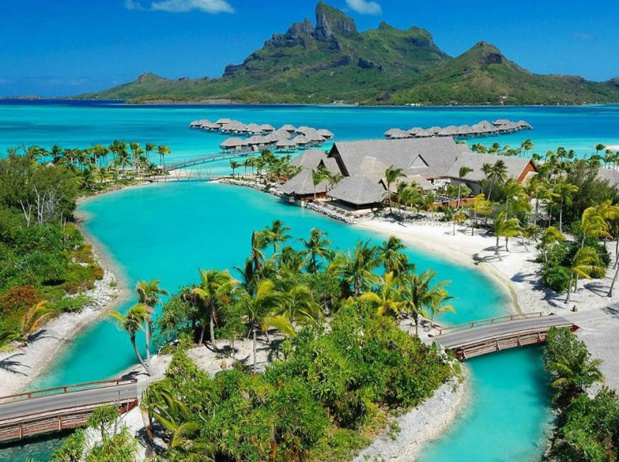 L'hôtel Four Seasons Bora Bora]b en Polynésie française  - DR