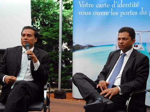 Karl Mootoosamy et Robert Desvaux, respectivement Président et Directeur de l'Autorité de promotion du tourisme mauricien