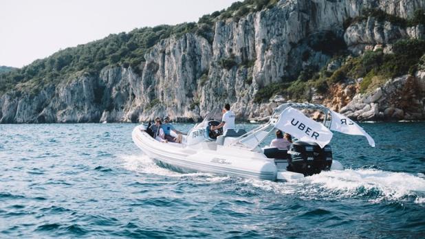 Dès le 26 juin 2017, les utilisateurs de l'application pourront commander un speed boat en quelques clics - DR : UberBOAT
