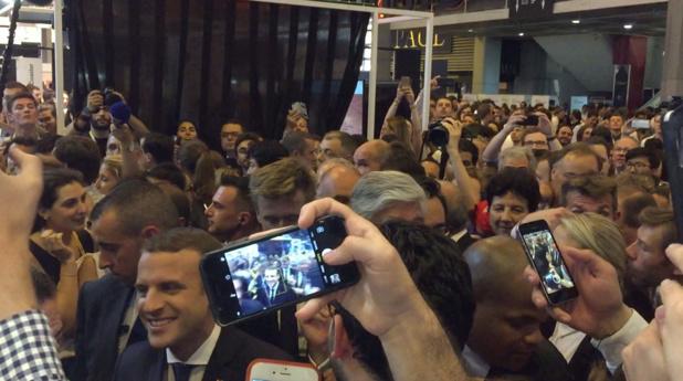Emmanuel prend un bain de foule à Viva Tech (c) founder family
