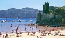 Il devrait y avoir moins de femmes sur les plages cet été. Selon l'étude menée par BVA, 24,2 % d'entre elles ne partiront pas en vacances.