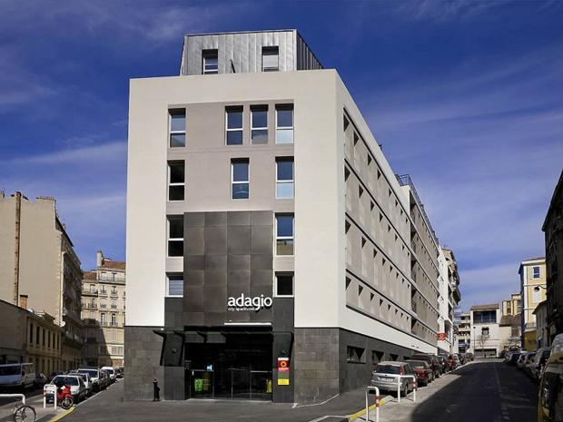 C'est la deuxième fois en quelques mois que les femmes de chambres de l'Apparthotel Adagio Vieux-Port de Marseille sont en grève - Photo : AccorHotels