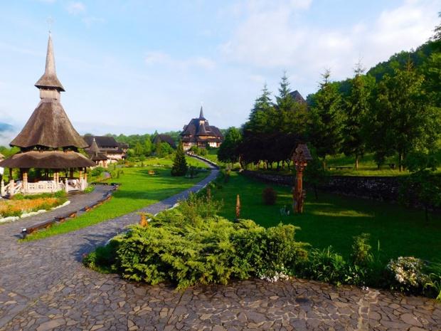 Le Monastere Barsana Maramures en Roumanie - DR