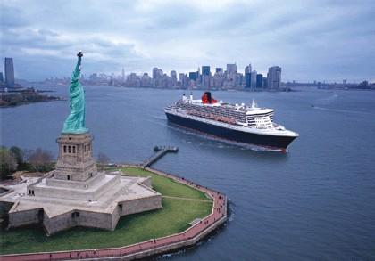 Le Queen Mary 2 dans la baie de New York