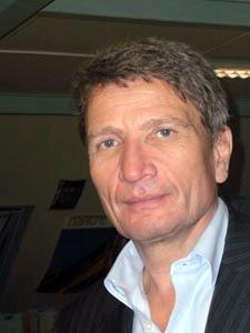 Alors que bon nombre de voyagistes se sont désengagés des Antilles françaises, Helmut Stückelschweiger y retourne en partenariat avec les 3 compagnies qui la desservent