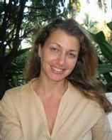 Marie Giuge a débuté sa carrière au Vietnam il y a huit ans, après avoir obtenu un diplôme de Sciences Po Paris en Economie, Finance et Marketing.