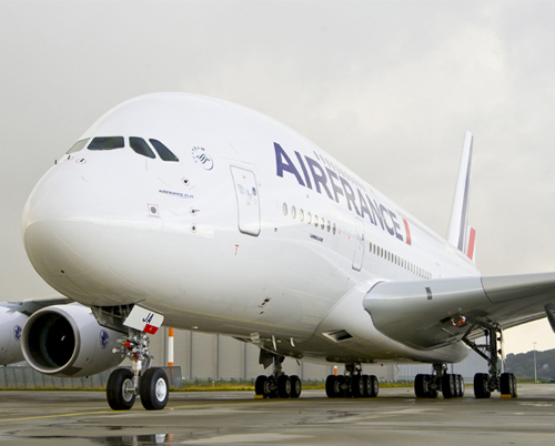 Air france re oit son premier a380 for Interieur avion air france