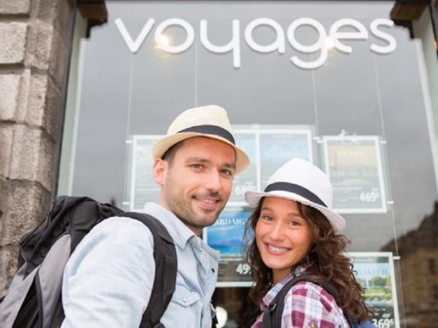 C'est la saison des brochures en agences de voyages - Photo : Production Perig - Fotolia.com