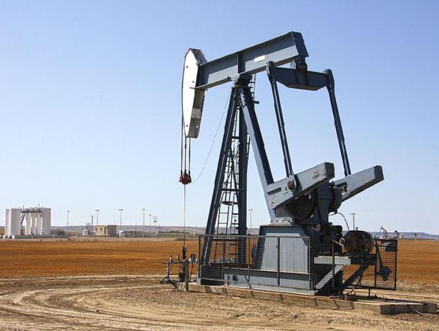 les tarifs hôteliers et aériens évoluent avec le cours du pétrole - photo Floréalréal via wikicommons