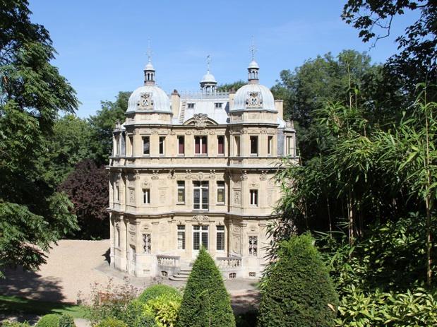 Samedi 16 septembre 2017, Emmanuel Macron et Françoise Nyssen ont visité le château de Monte-Cristo - DR moonik via wikicommons
